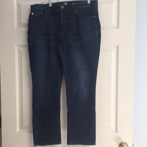 Lee Riders Midrise Straight Leg Jeans